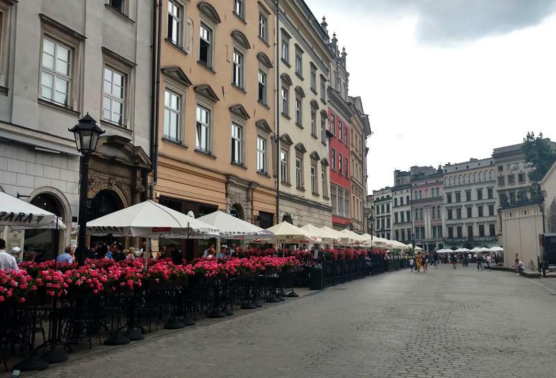 jak wybrać tani nocleg w Krakowie
